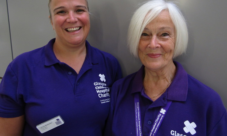 Mum Moira & Daughter Lynsey - our volunteer heroes